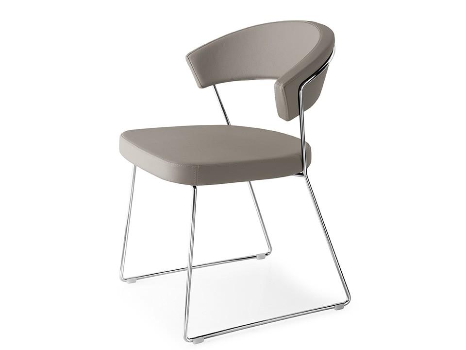 Super New York Leather Skuba Sleigh Chair By Calligaris Connubia Spiritservingveterans Wood Chair Design Ideas Spiritservingveteransorg
